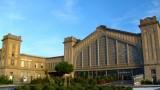 La façade nord de la Gare Maritime Transatlantique, qui accueille depuis 2002 La Cité de la Mer