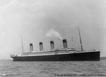Olympic, sister ship du Titanic, venu à Cherbourg