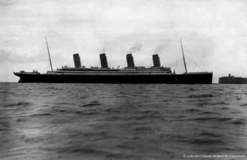Le Titanic en rade de Cherbourg le 10 avril 1912