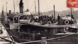 Un autre transbordeur devant la gare maritime de 1912 à Cherbourg